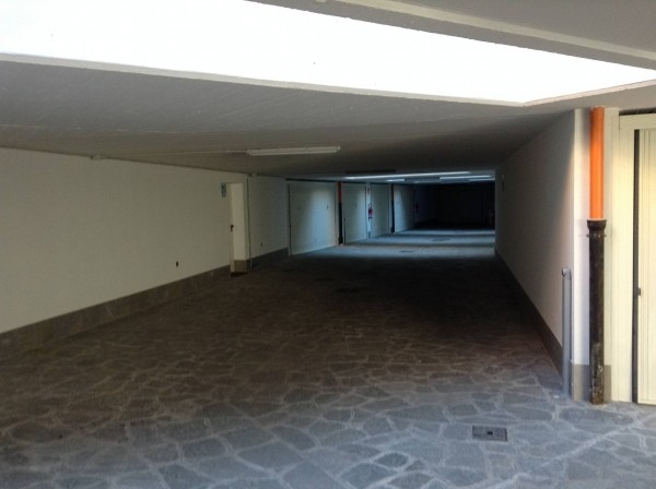 Box / Garage-Osnago-Vendita-14000